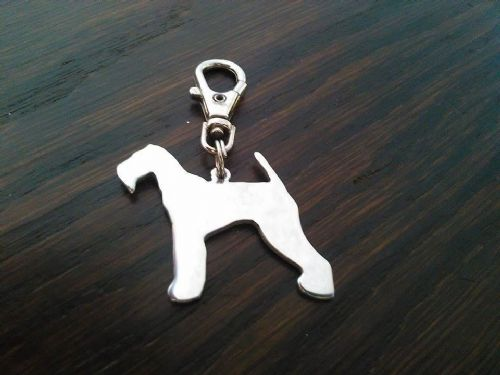 Airedale terrier  keyring Hard Aluminium 3.5cm Handcrafted made by saw piercing